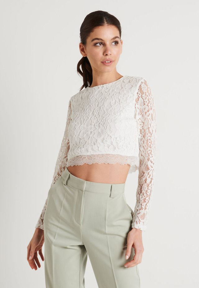 ZALANDO X NA-KD LONG SLEEVE LACE TOP - Bluzka - off white