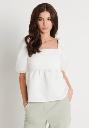 ZALANDO X NA-KD STRUCTURED PUFFY SLEEVE - Blouse - off white