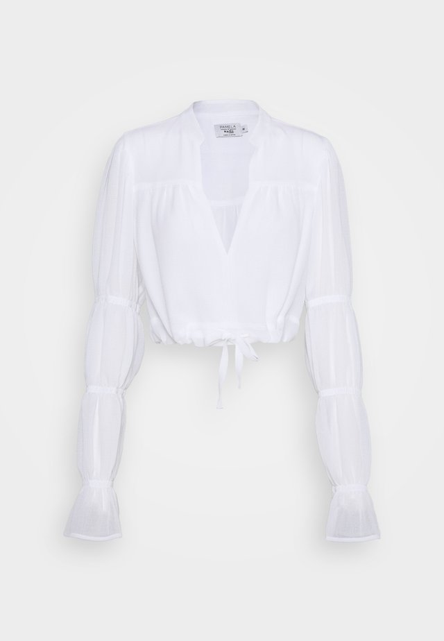 PAMELA REIF X NA-KD TIE DETAIL PUFFY SLEEVE - Bluser - white