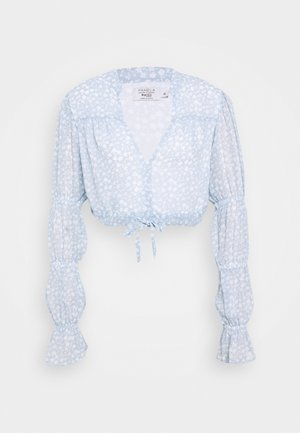 PAMELA REIF X NA-KD TIE DETAIL PUFFY SLEEVE - Blouse - light blue