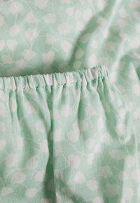 NA-KD - SQUARE NECK BLOUSE - Bluse - green print - 2