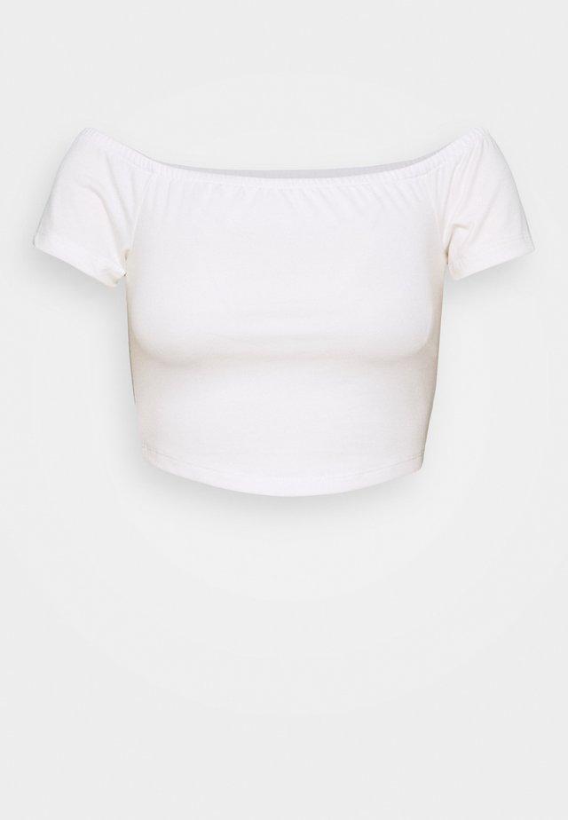 PAMELA REIF OFF SHOULDER  - T-Shirt basic - white