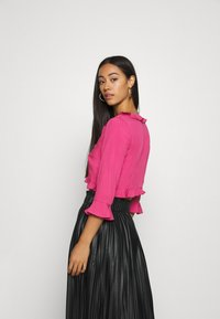 NA-KD - PAMELA REIF X NA-KD FRILL DETAIL TIE  - Blouse - rosewood - 2