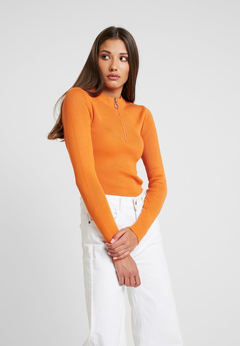 NA-KD - ZIP - Sweter - burnt orange