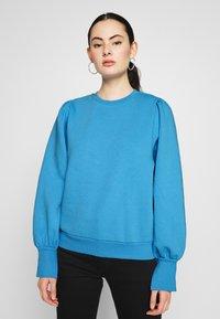 NA-KD - PUFF SLEEVE SPLIT CUFF  - Sweater - blue - 0