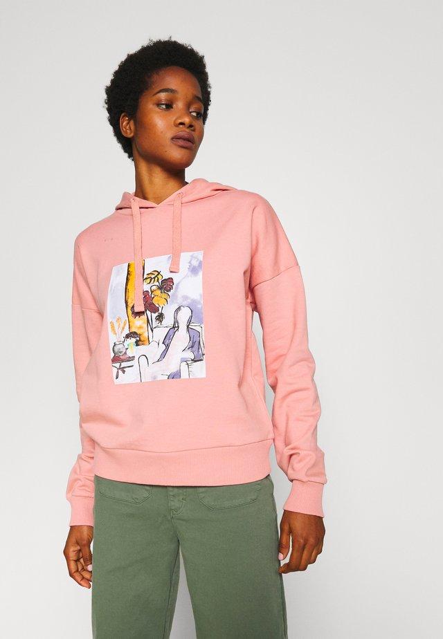 WOMAN WATERCOLOR HOODIE - Bluza z kapturem - dusty pink