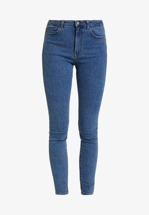Pamela Reif x NA-KD HIGH WAIST - Skinny džíny - mid blue