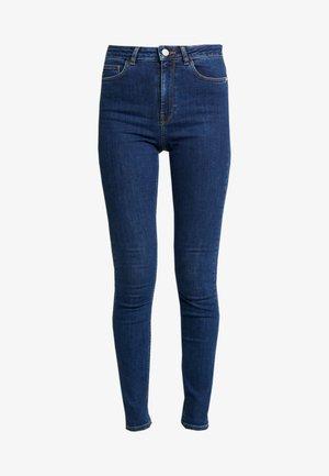Pamela Reif x NA-KD HIGH WAIST - Jeansy Skinny Fit - dark blue