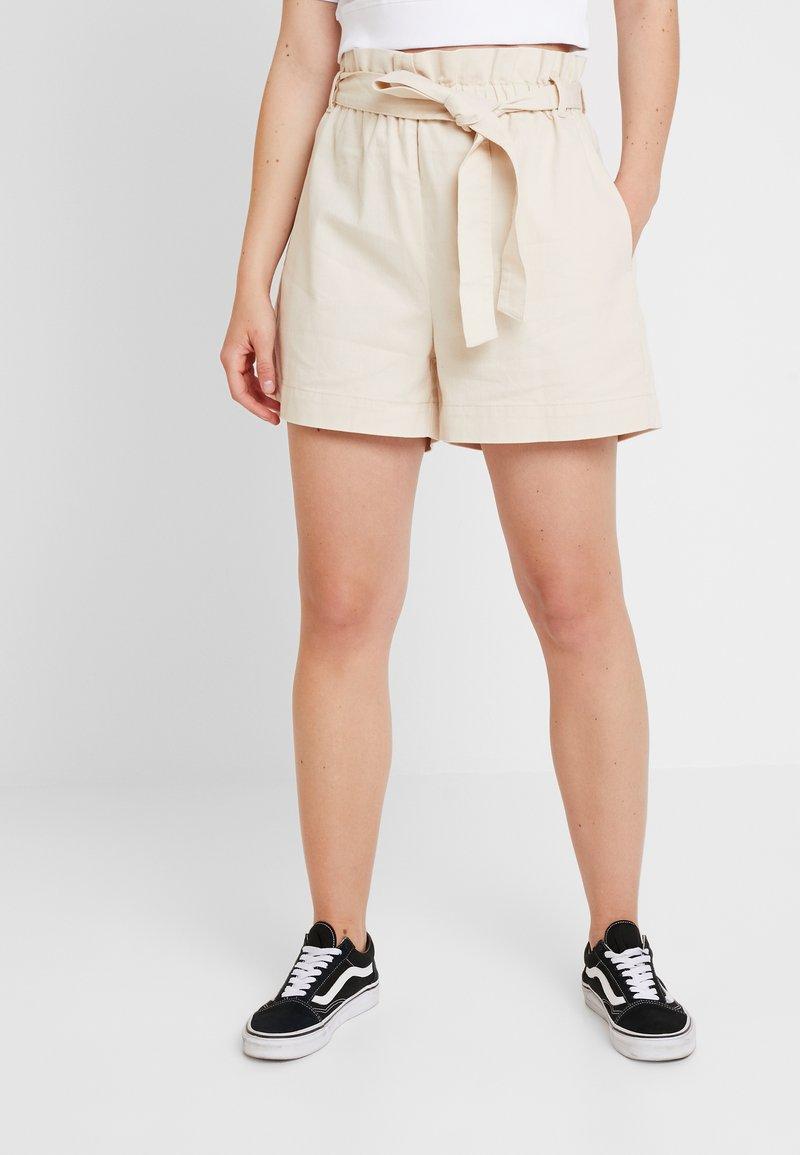 NA-KD - PAPER BAG - Jeans Shorts - beige