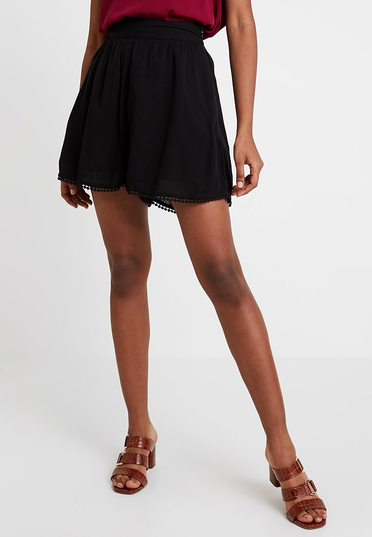 NA-KD - LUISA LION HIGH WAIST POM POM - Shorts - black