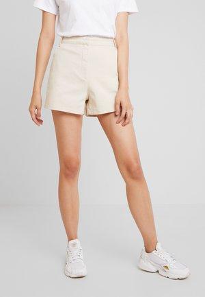 HIGH WAIST - Shorts - sand