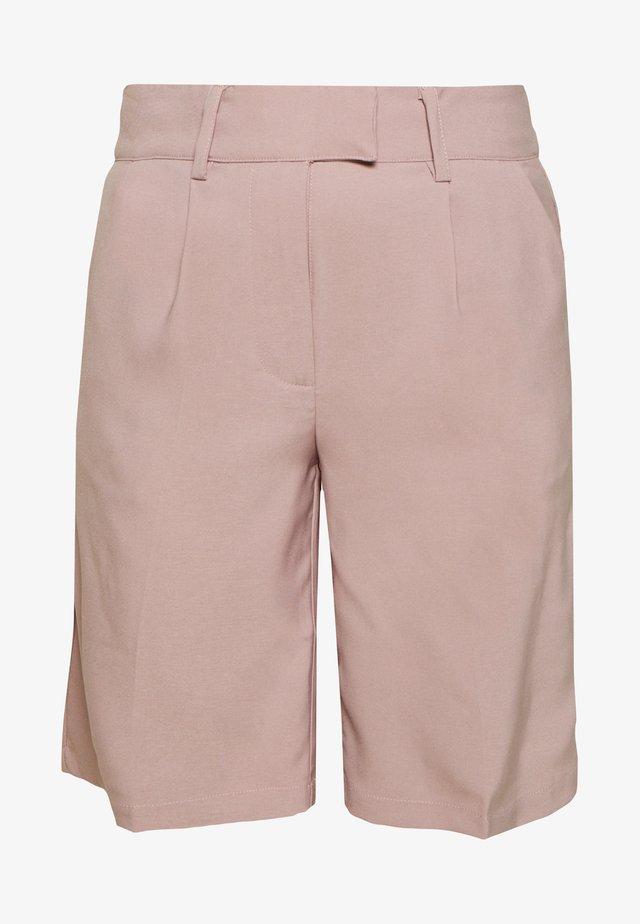 PLEATED  - Shortsit - dusty pink