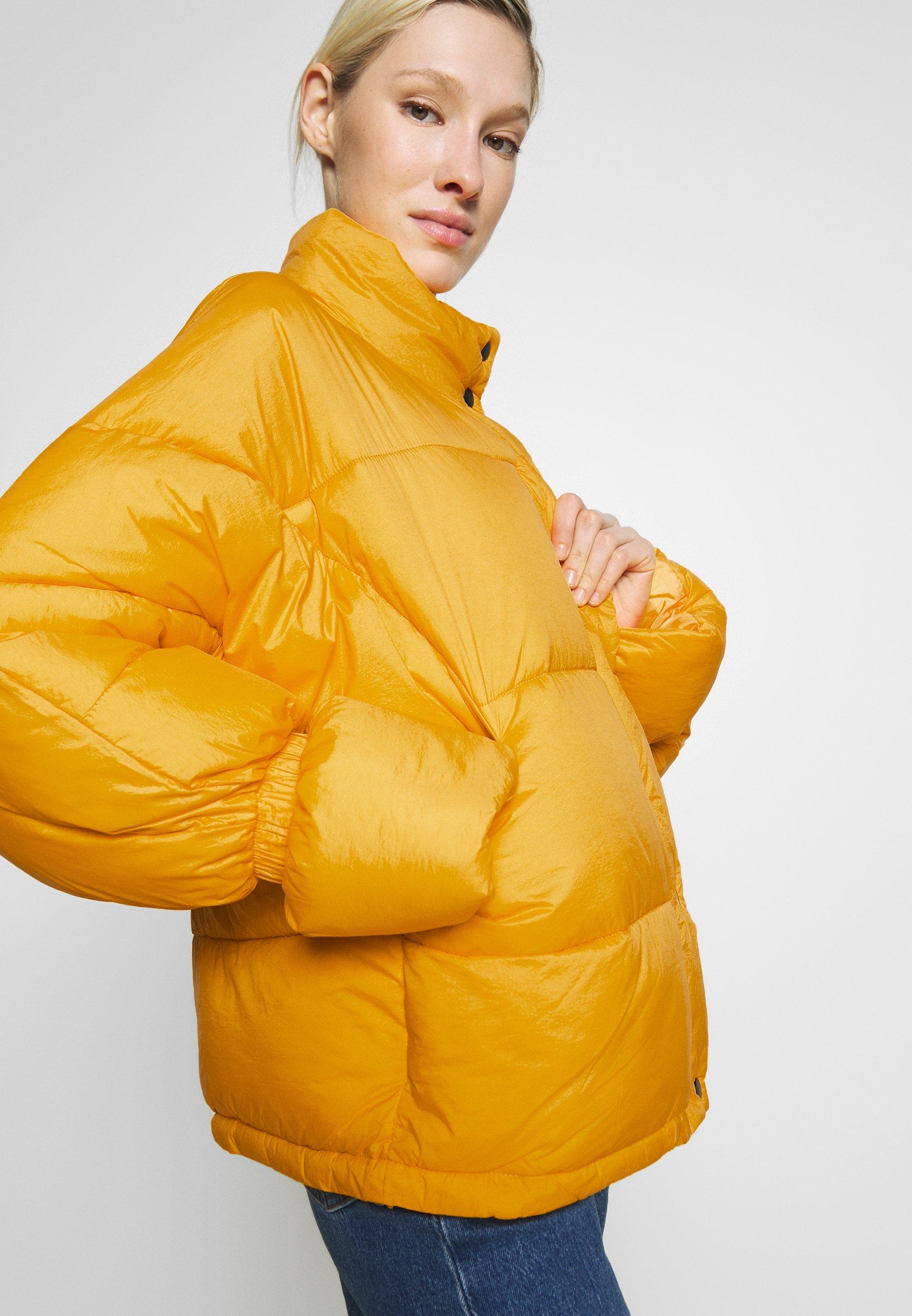 NA-KD ELASTIC DETAIL PUFFER JACKET - Vinterjakke - yellow