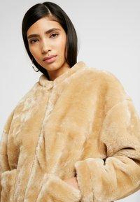 NA-KD - SHORT FRONT POCKET JACKET - Winter jacket - beige - 3