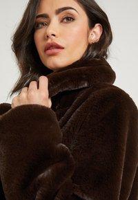 NA-KD - ZALANDO X NA-KD - Zimní kabát - brown - 6