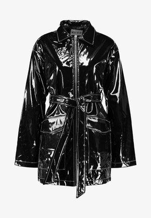 SHINY CONTRAST SEAM JACKET - Halflange jas - black