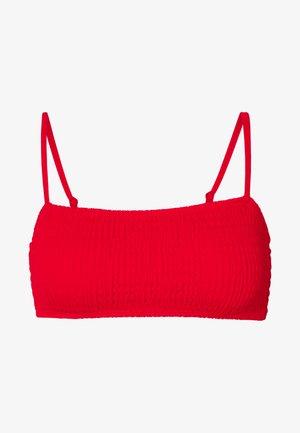 SMOCKED THIN STRAP BANDEAU - Top de bikini - red
