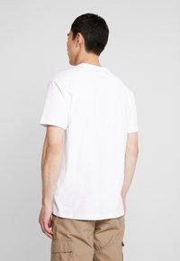 Napapijri The Tribe - SASE - T-shirt imprimé - bright white - 2