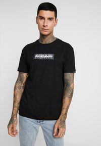 Napapijri The Tribe - SOX  - T-shirt imprimé - black - 0