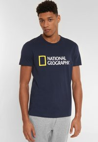 National Geographic - Print T-shirt - navy - 0