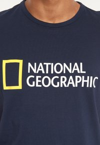 National Geographic - Print T-shirt - navy - 2