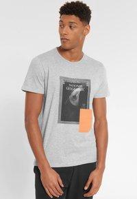 National Geographic - Print T-shirt - light grey melange - 0