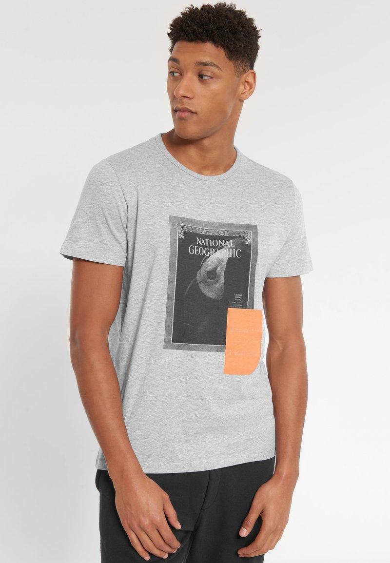 National Geographic - Print T-shirt - light grey melange