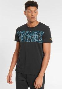 National Geographic - Print T-shirt - black - 0