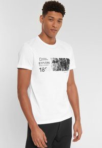 National Geographic - Print T-shirt - white - 0