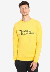 National Geographic - WITH LOGO - Sweatshirt - lemon chrome - 0