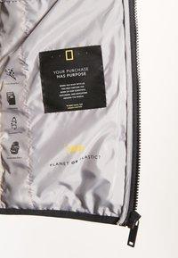 National Geographic - NO GOOSE - Waistcoat - lemon chrome - 6