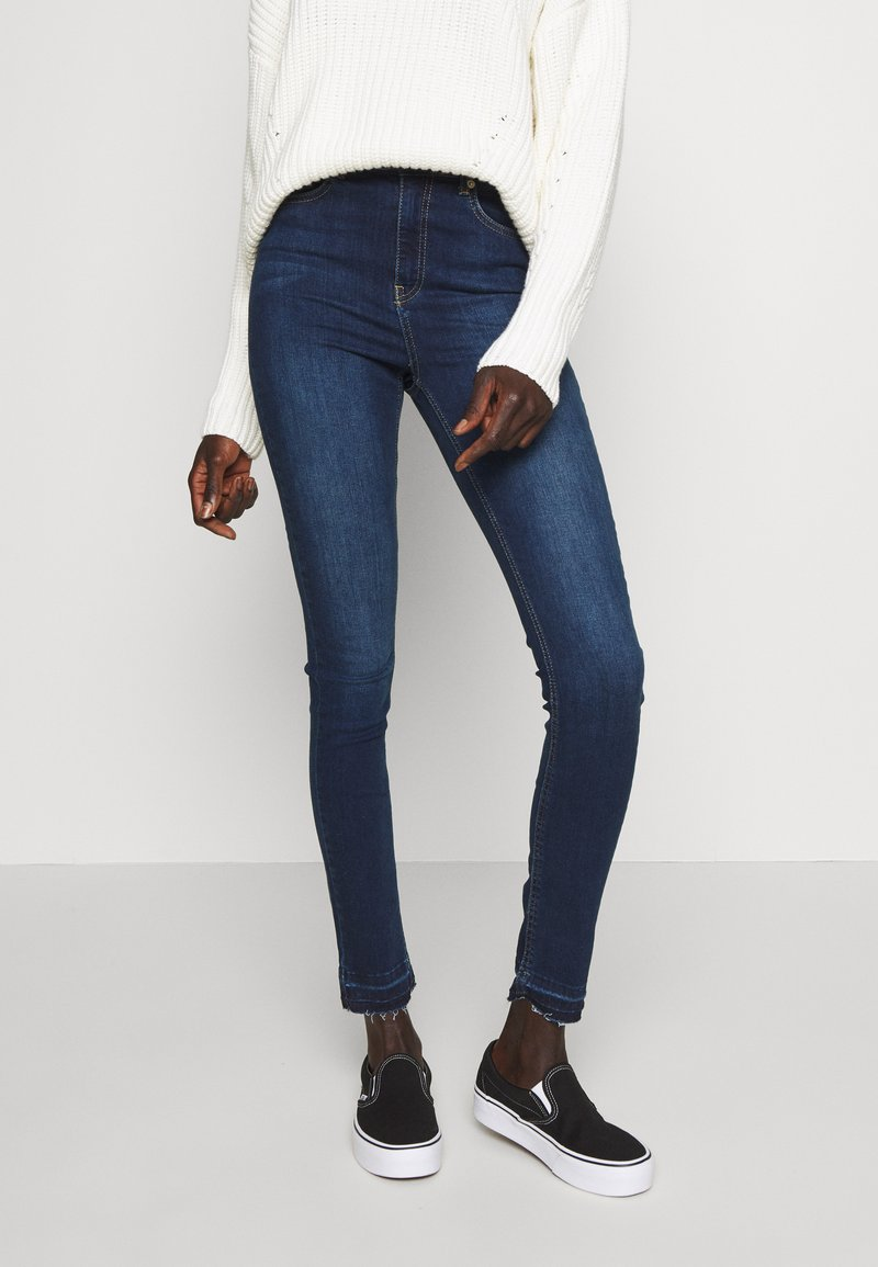 NA-KD Tall - HIGH WAIST OPEN - Jeans Skinny Fit - dark blue