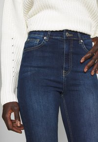 NA-KD Tall - HIGH WAIST OPEN - Jeans Skinny Fit - dark blue - 5