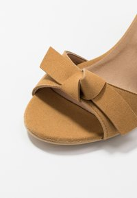 NAE Vegan Shoes - ESTELA - Sandály - yellow - 2