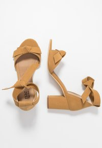 NAE Vegan Shoes - ESTELA - Sandály - yellow - 3