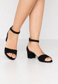 NAE Vegan Shoes - CORA - Sandály - black - 0