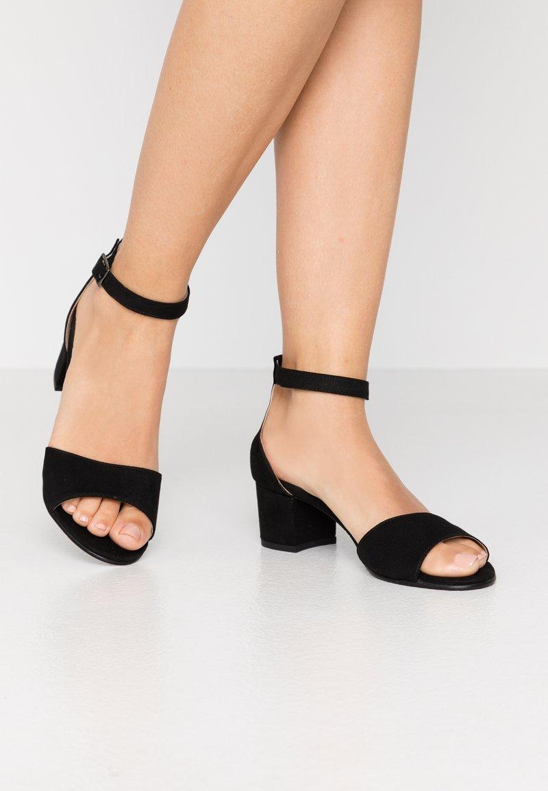 NAE Vegan Shoes - CORA - Sandály - black