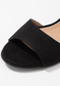 NAE Vegan Shoes - CORA - Sandály - black - 2