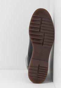 NAE Vegan Shoes - TRINA - Kotníkové boty na platformě - black - 4