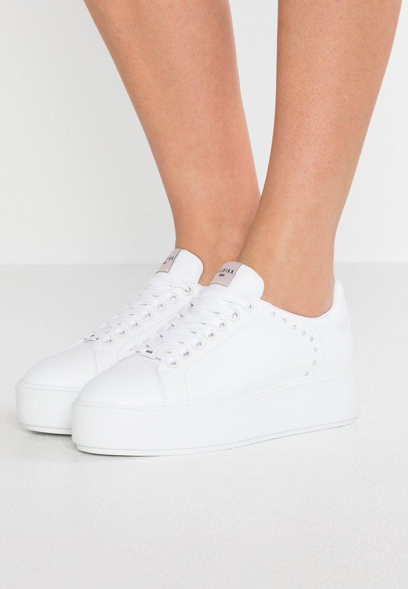 Nubikk - ELISE LACE PERFO - Sneaker low - white