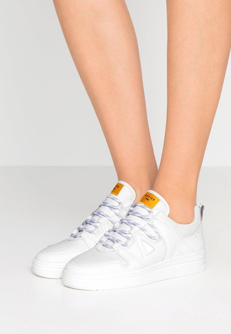 Nubikk - YEYE ARJUN - Sneaker low - white