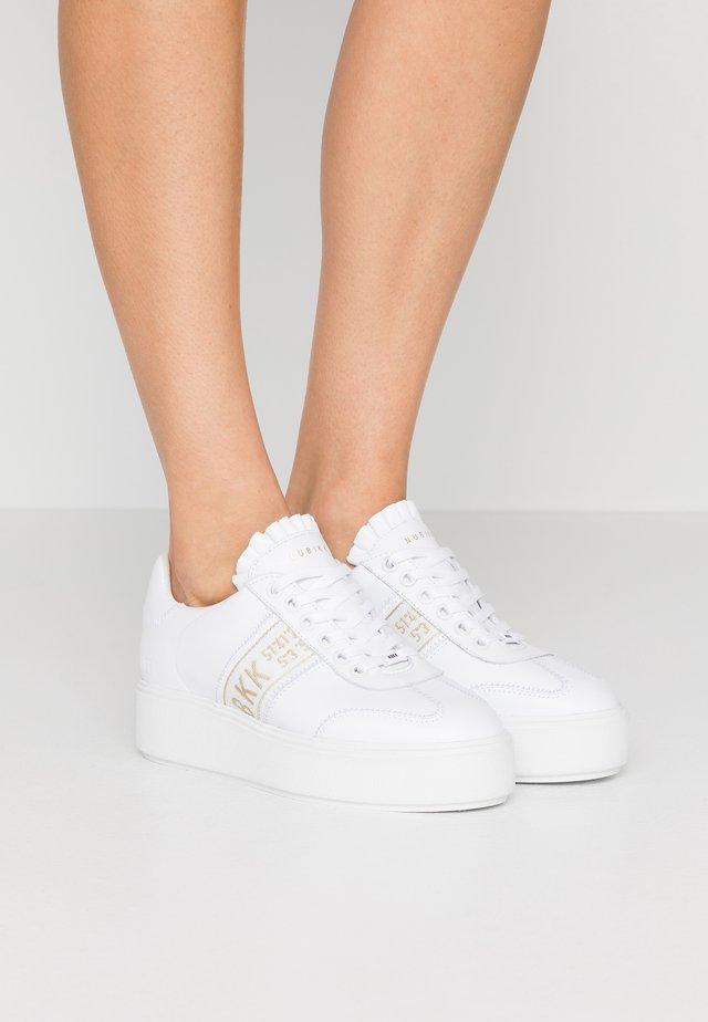 ELISE  - Matalavartiset tennarit - white
