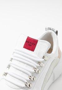 Nubikk - LUCY ROYAL CROCO - Sneakersy niskie - white - 2
