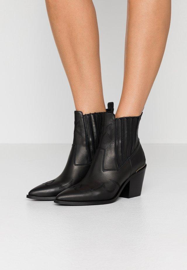 ROMEE CURA - Cowboy/biker ankle boot - black