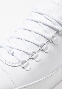 Nubikk - JAGGER CLASSIC - Tenisky - white - 5