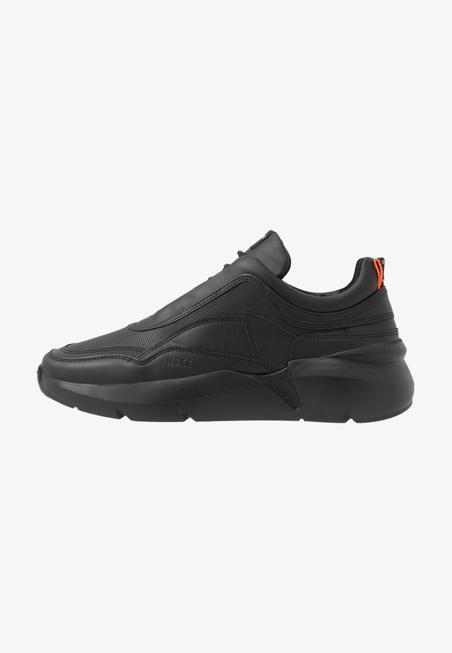 ELVEN BOULDER REFLECT - Sneakers basse - black