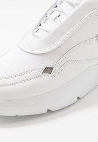 Nubikk - ELVEN BOULDER - Baskets basses - white - 5