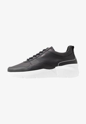 ELVEN NAGARE - Sneakers basse - black