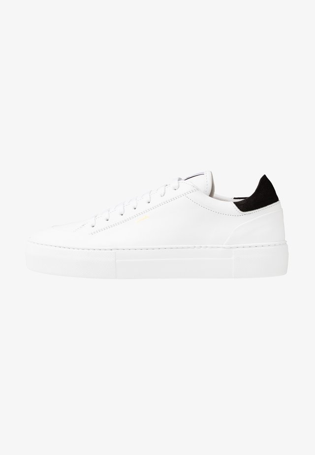 JAGGER CLASSIC  - Sneakersy niskie - white
