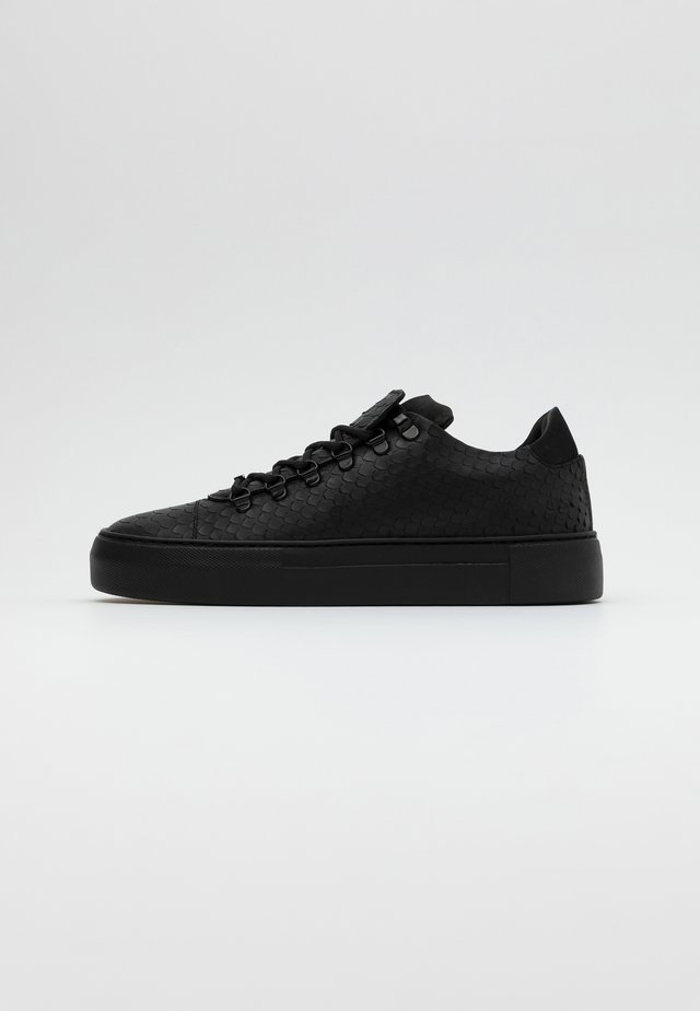 JAGGER CLASSIC PYTHON - Sneakersy niskie - black